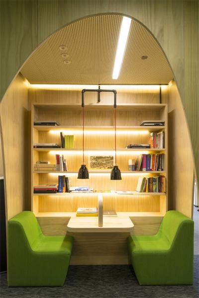 Cách thiết kế văn phòng độc đáo như tiệm Cafe