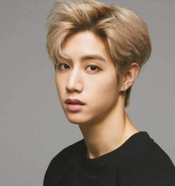 Kiểu tóc nam Hàn Quốc 2018 - 29