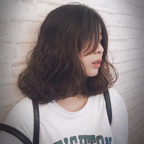 kiểu tóc ngang vai cho mặt dài 10