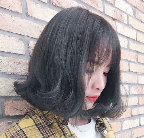 tóc ngắn xoăn nhẹ 13