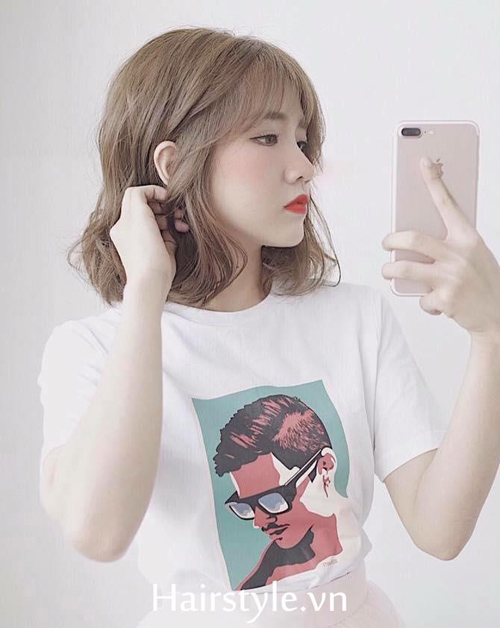 tóc ngắn xoăn nhẹ 23