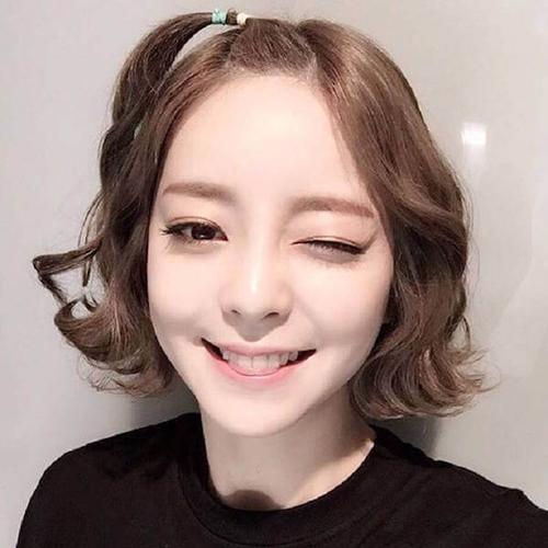 tóc ngắn xoăn nhẹ 25