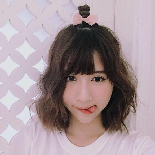 tóc ngắn xoăn nhẹ 4