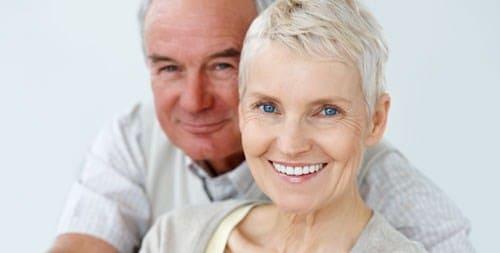 Những lí do khiến bạn nên thực hiện cấy ghép implant ngay
