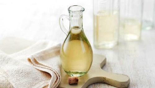 Tìm hiểu thêm về phương pháp tẩy trắng răng bằng dầu oliu